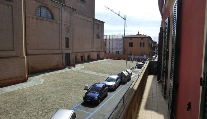 Balcone con affaccio sul Duomo