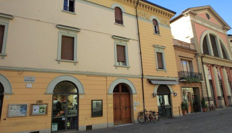 Centro storico ufficio stanza in affitto con sala attesa for Centro ufficio